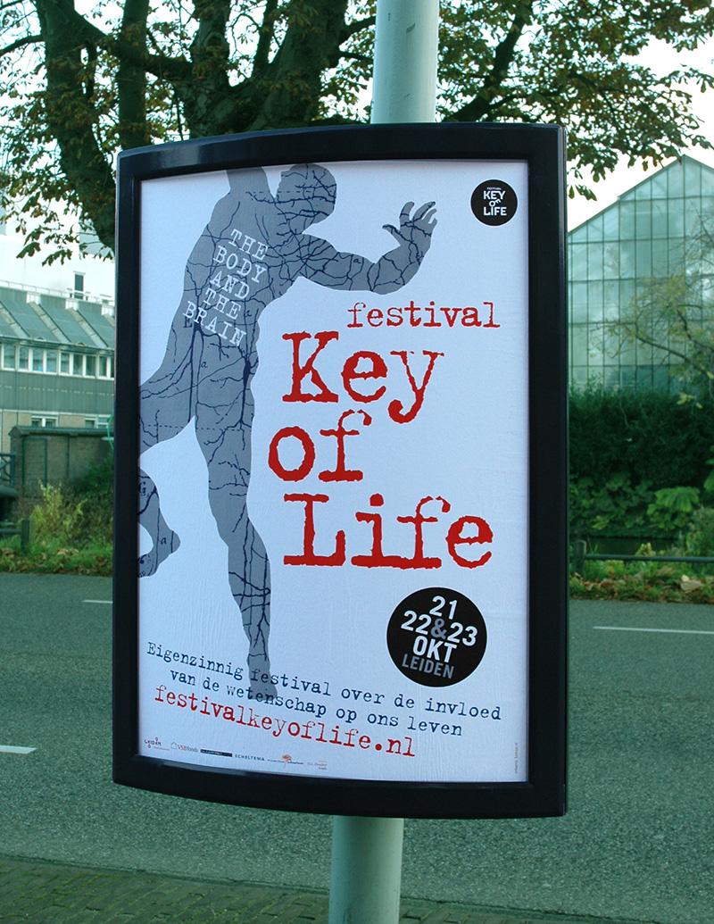 Key of Life poster in de binnenstad van Leiden